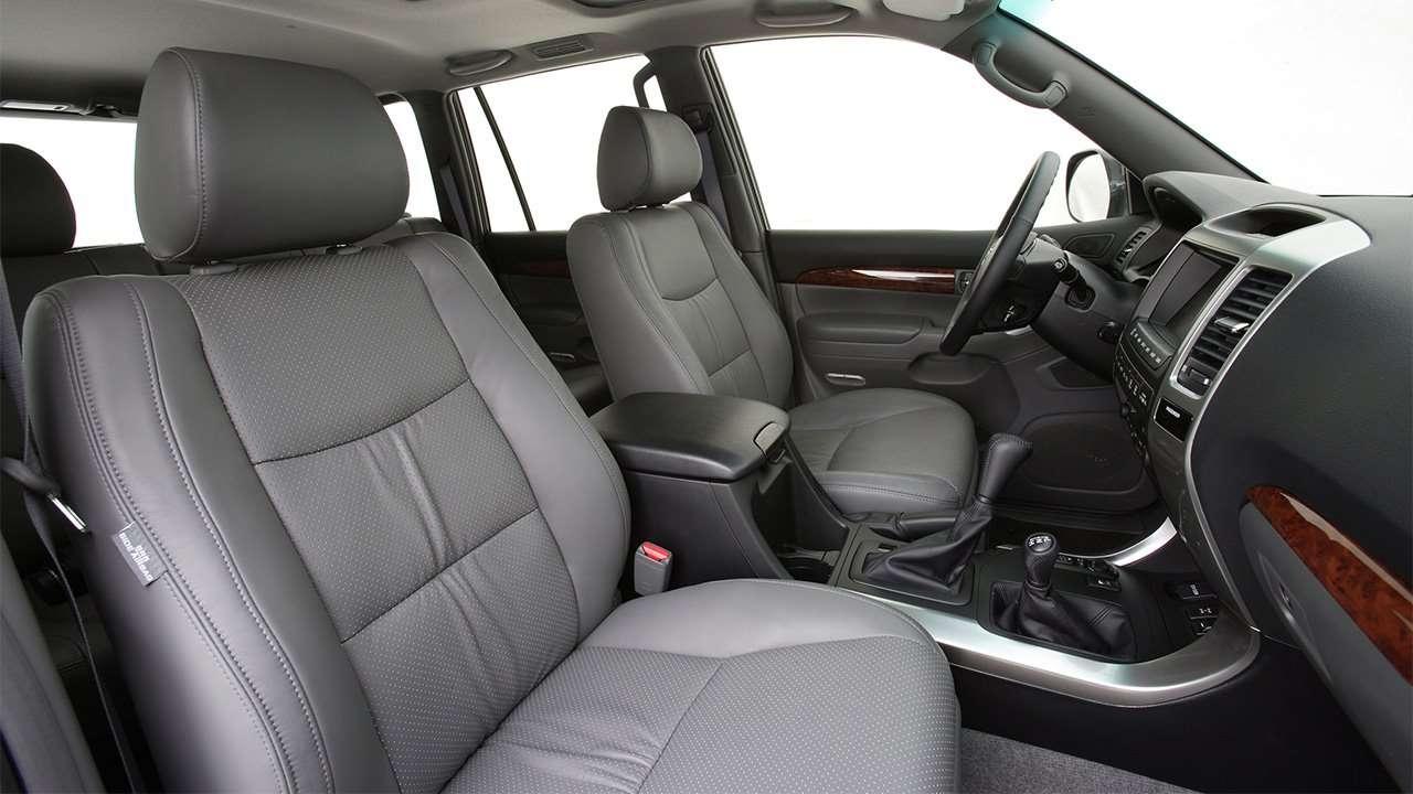 Передние кресла Land Cruiser Prado 120