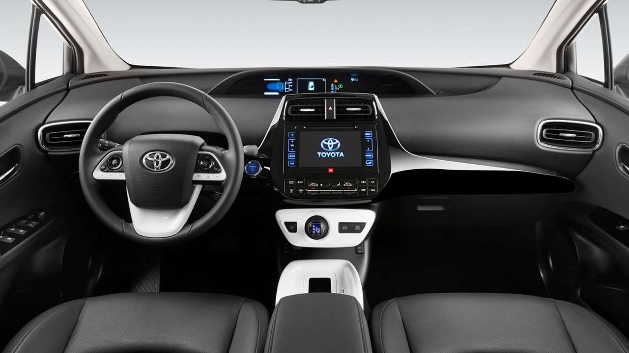 Toyota Prius 2018-2019 салон