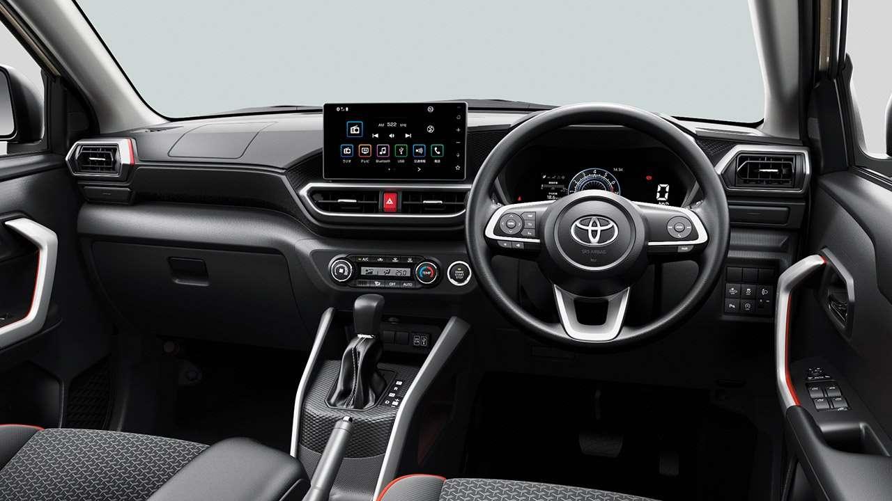 Салон Toyota Raize