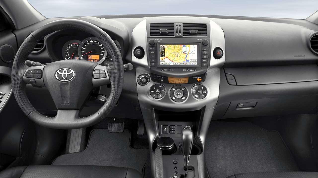 Фото салона Toyota RAV4 XA30
