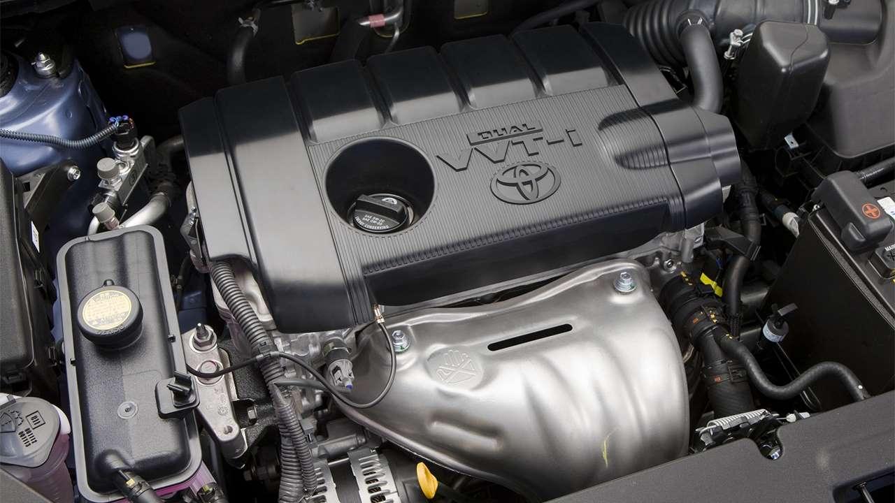 Фото мотора RAV4 VVT-i