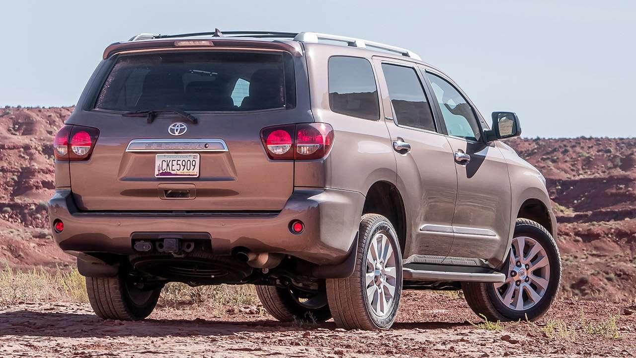 Задняя часть Toyota Sequoia 2020-2021