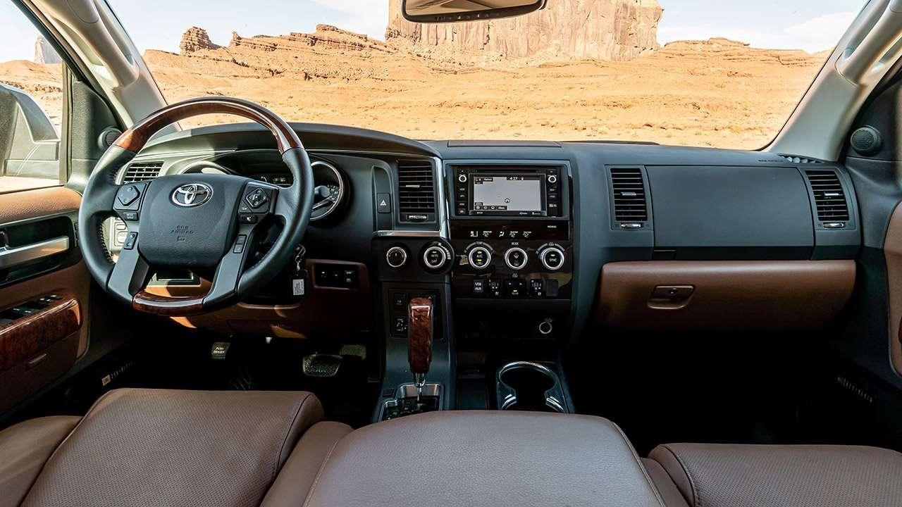 Салон Toyota Sequoia 2020-2021