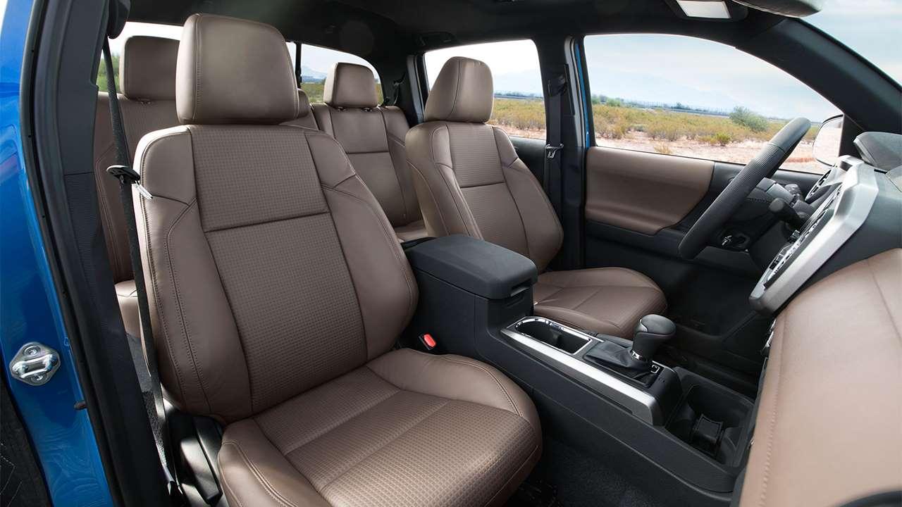 Передние сиденья Toyota Tacoma