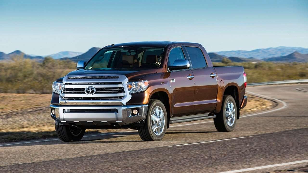 Toyota Tundra 2019-2020 фото спереди