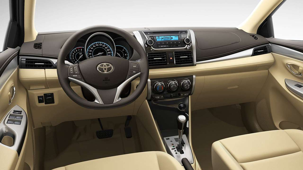 Toyota Vios 2016-2017 салон
