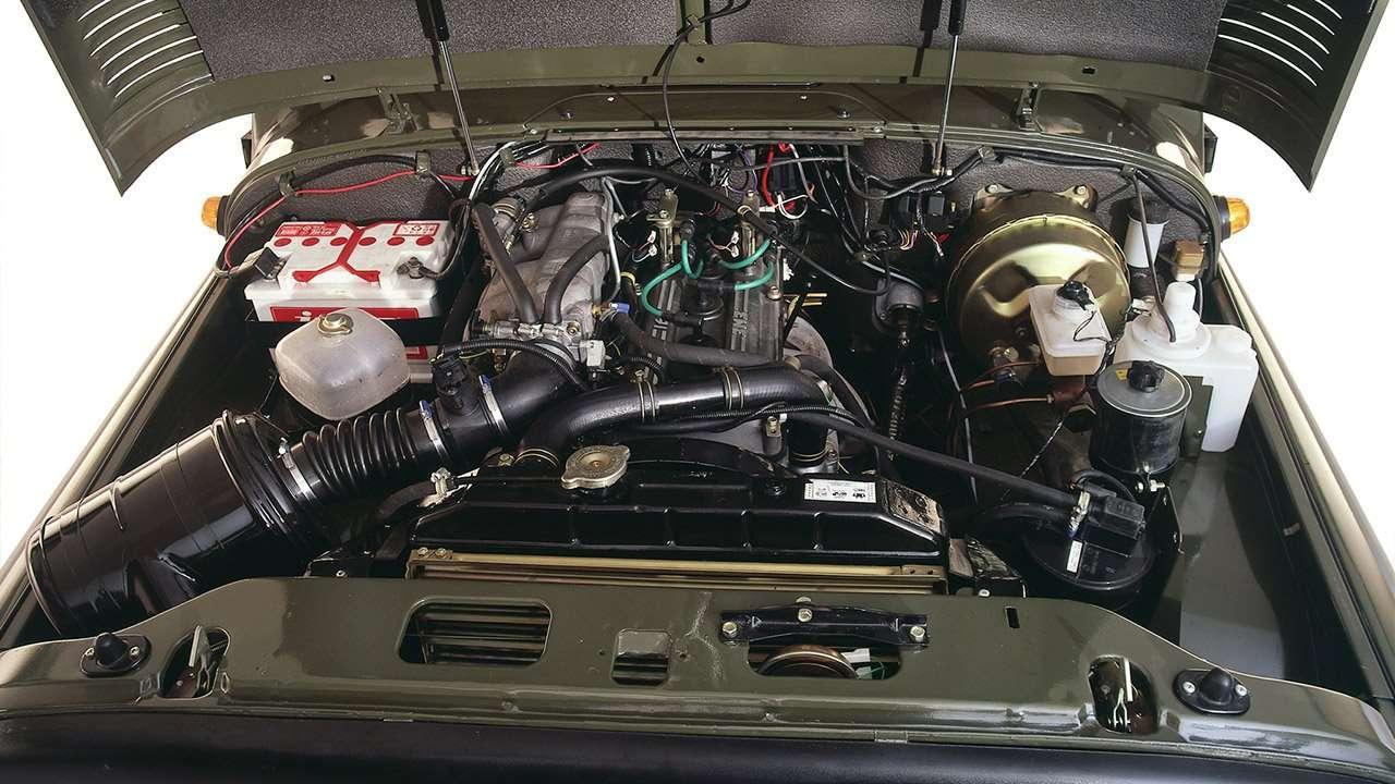 Фото двигателя УАЗ Хантер