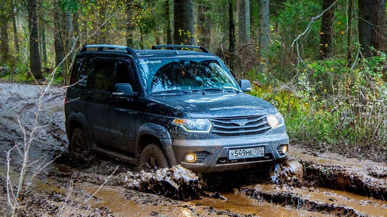 UAZ Patriot в грязи