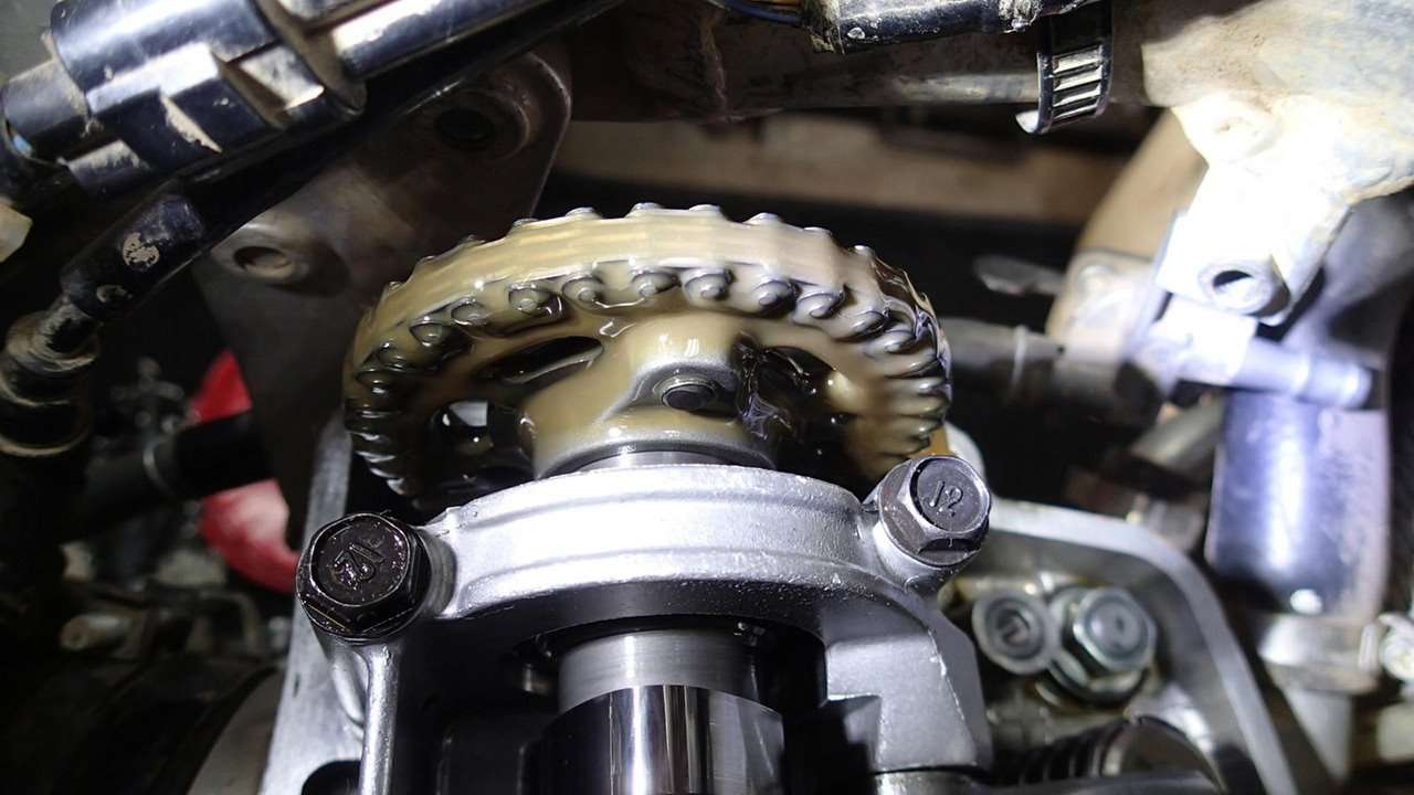 Вода в масле двигателя