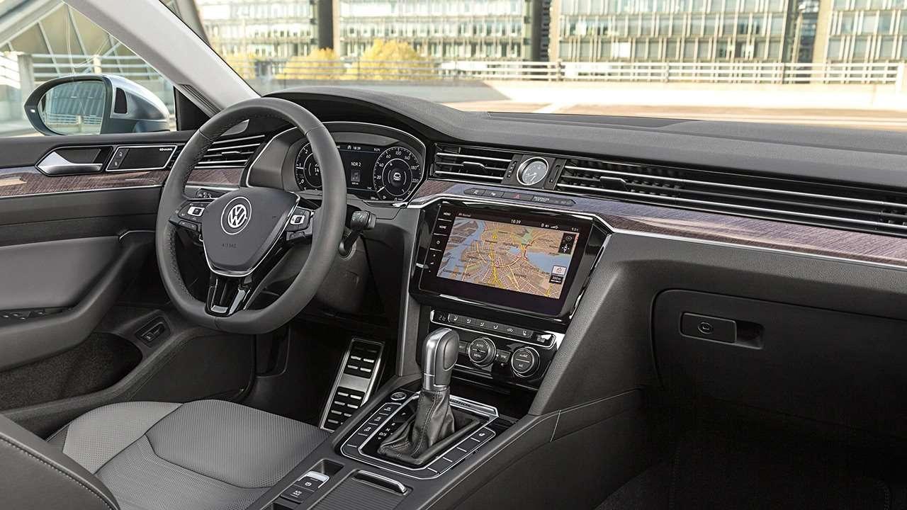 Салон Volkswagen Arteon (2020-2021)