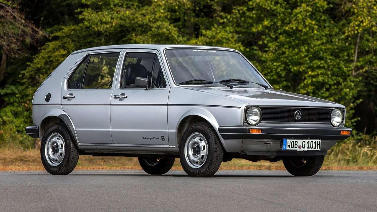 Передняя часть первого Volkswagen Golf