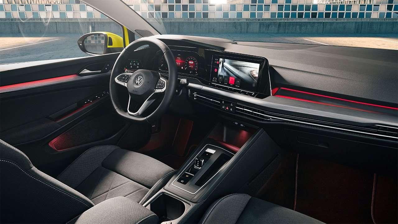Фото салона Volkswagen Golf 2020-2021