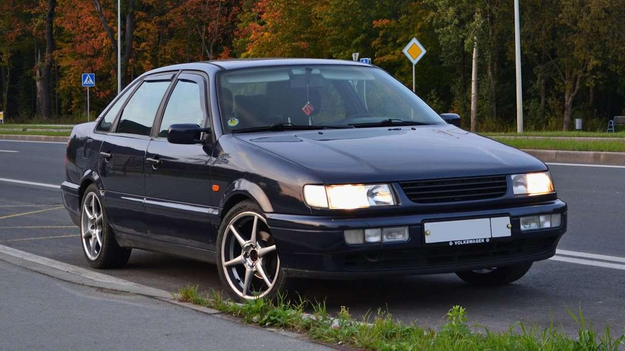 Передок седана Volkswagen Passat B4