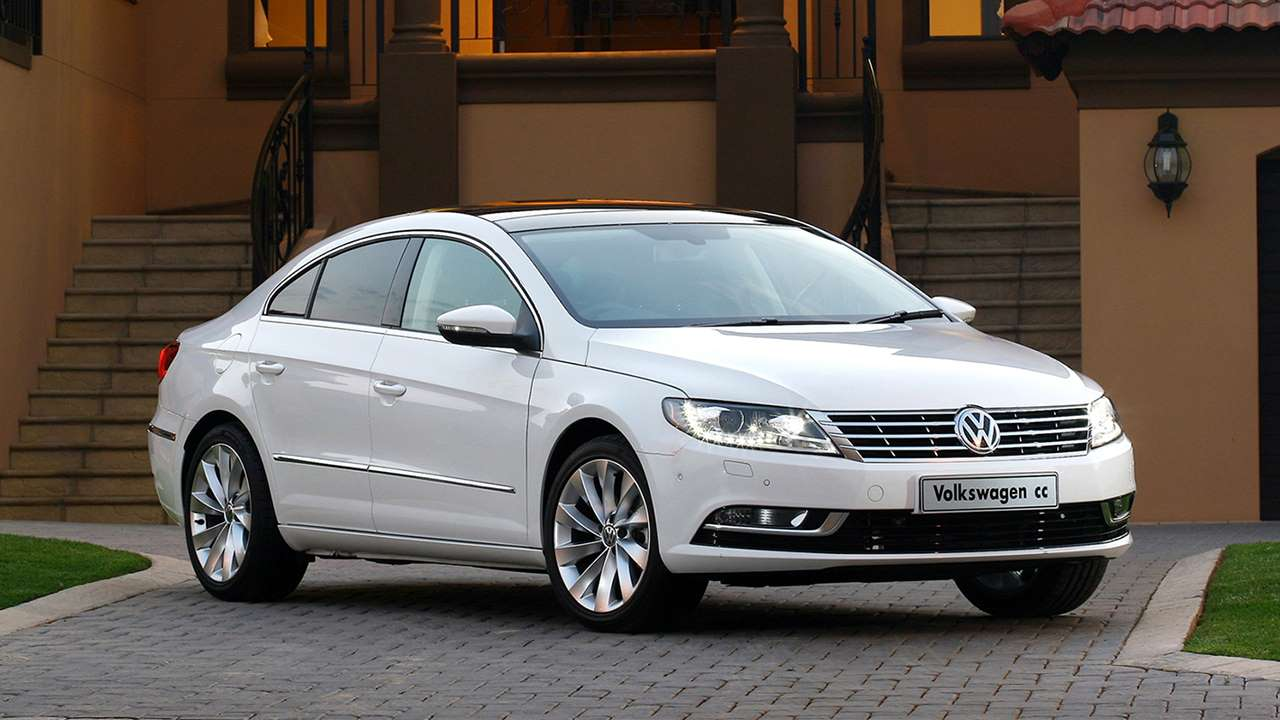 Volkswagen Passat CC фото спереди