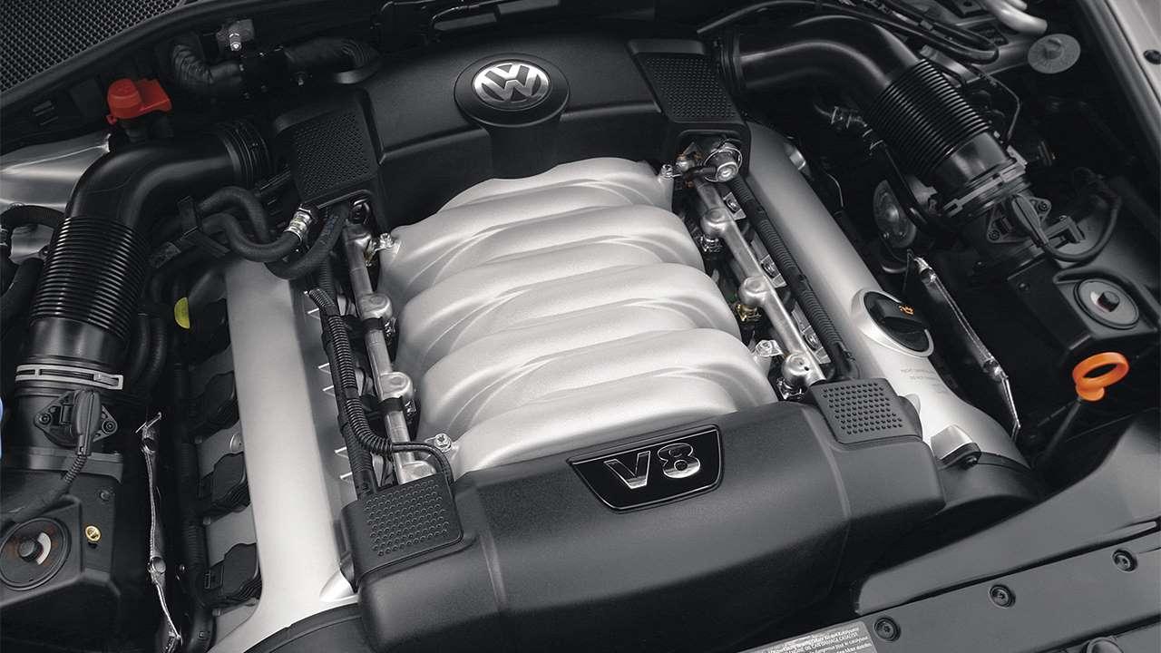 Фото двигателя V8 Volkswagen Фаэтон