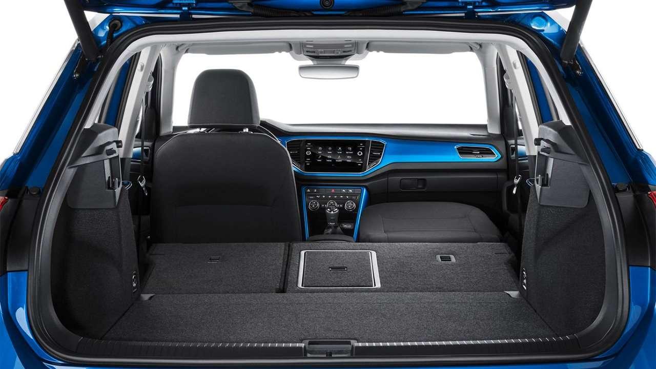 Фото багажника Volkswagen T-Roc 2019-2020