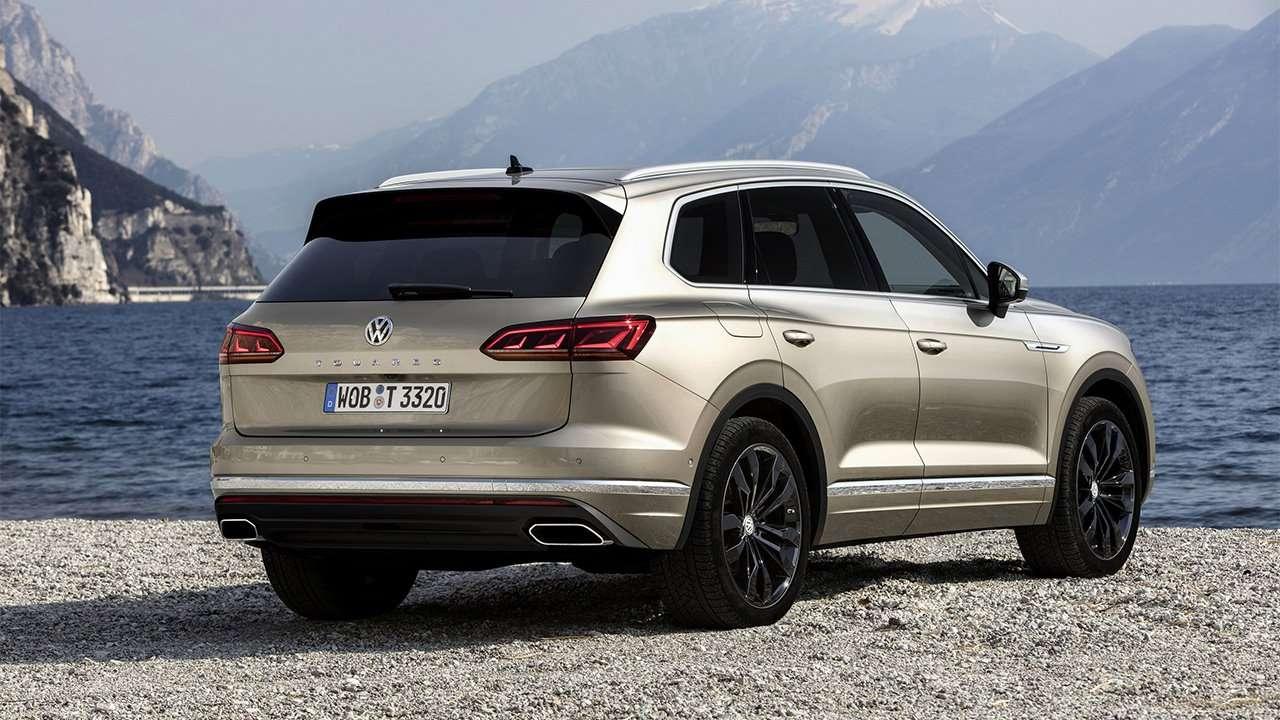 Задняя часть Volkswagen Touareg 2020-2021