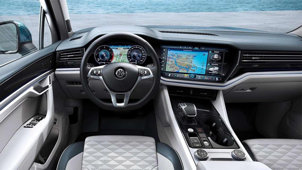 Фото салона Volkswagen Touareg 2020-2021