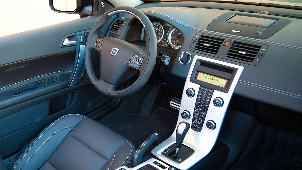 Volvo C70 салон
