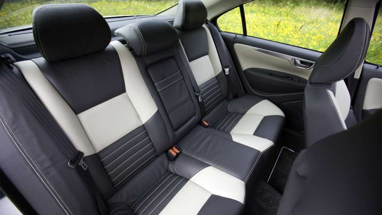 Задние сиденья С60 (2000-2009)
