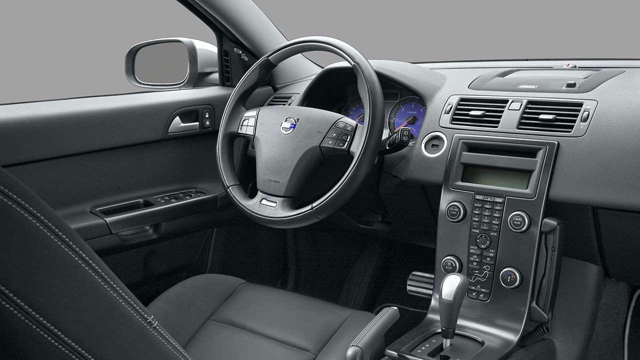 Volvo V50 (2008-2012) фото салона