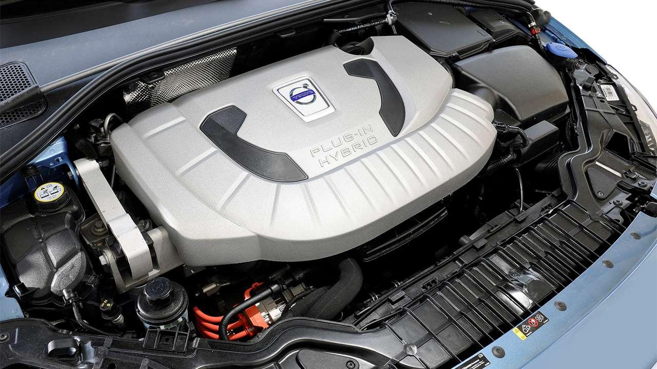 Фото двигателя Вольво V60 Plug-in-Hybrid