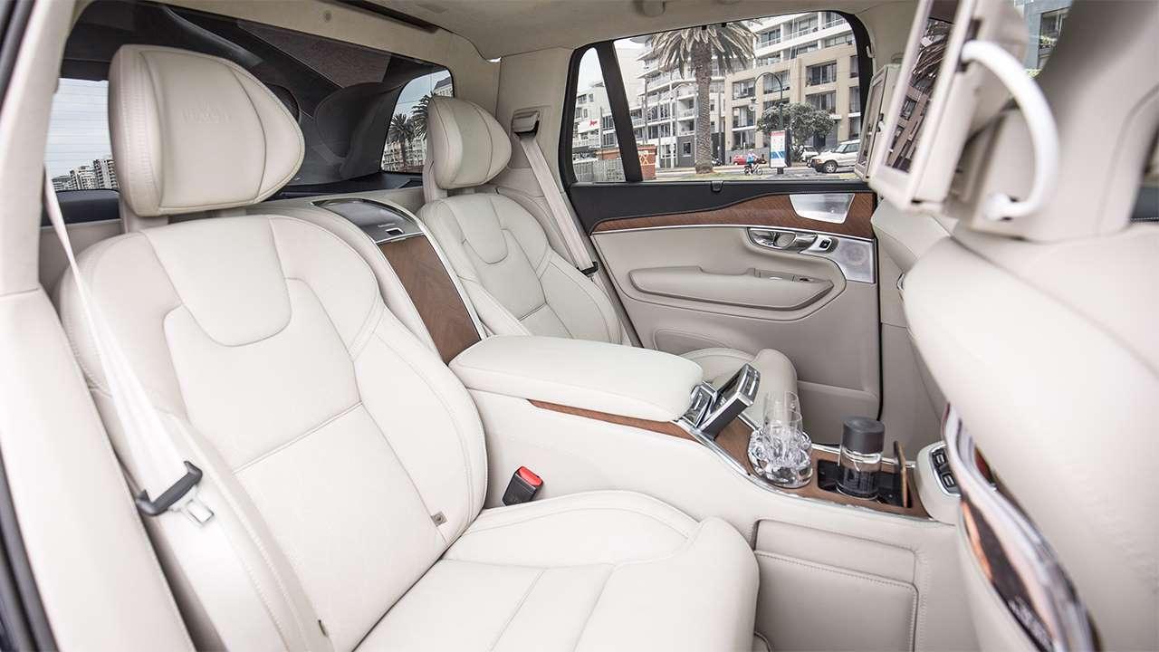 Volvo XC90 2020-2021 задние сиденья