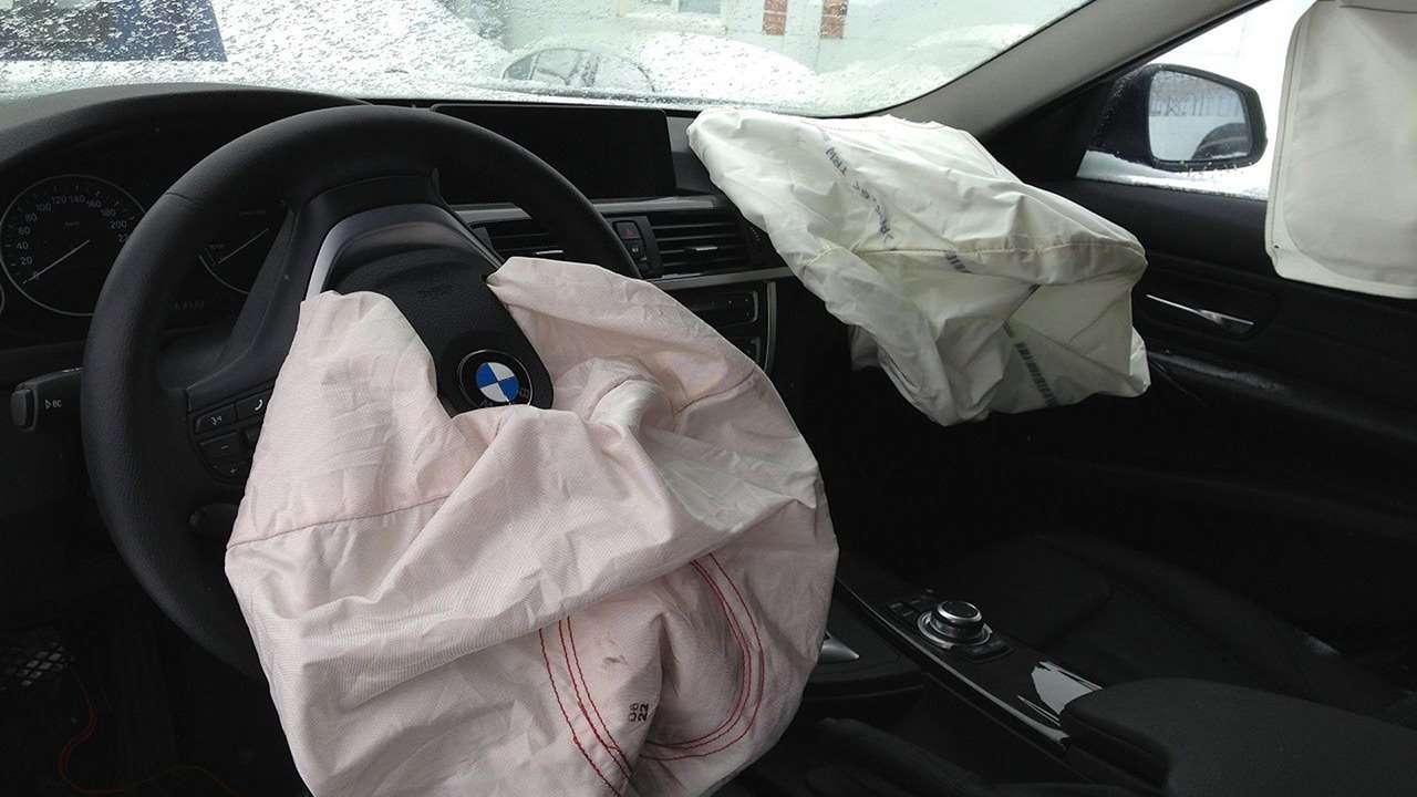 Замена подушек безопасности своими руками